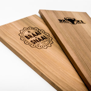 houten ceder rookplank houten ceder rookplankje red cedar rookplank red cedar rookplankje bedrijfslogo personalisatie rookhout smokewood rook hout rook plankje eigen logo rook plank eigen logo