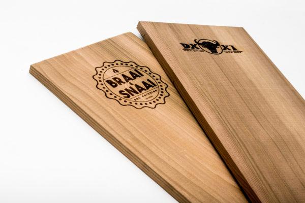 houten ceder rookplank houten ceder rookplankje red cedar rookplank red cedar rookplankje bedrijfslogo personalisatie rookhout smokewood rook hout rook plankje eigen logo rook plank eigen logo