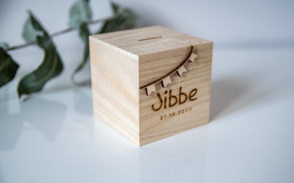 houten spaarpot gepersonaliseerd