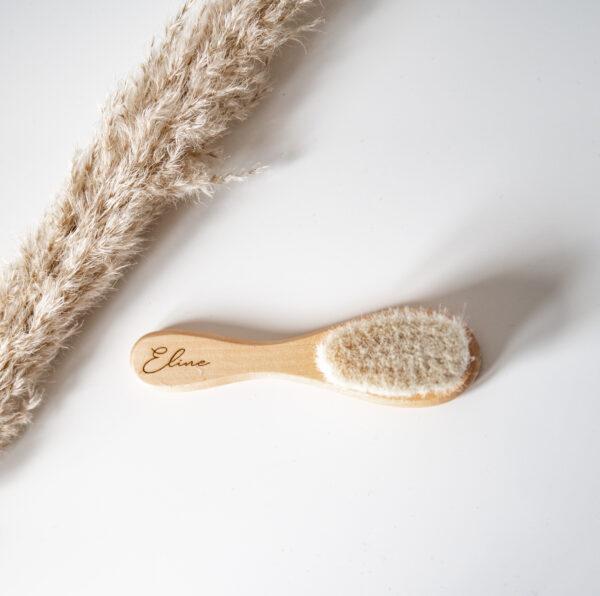 houten haarborstel met personalisatie
